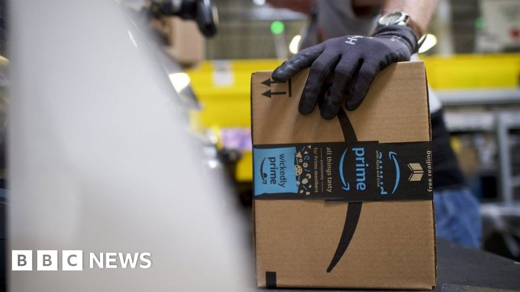Amazon plans hundreds of lay-offs