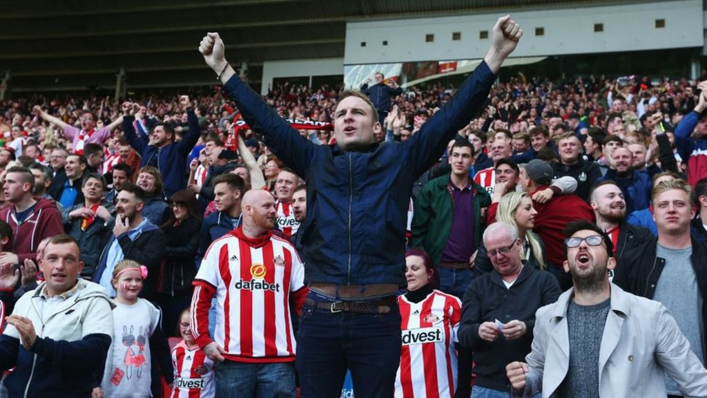Police Praise Sunderland And Newcastle United Fans Bbc News