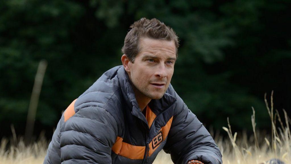 Barack Obama to test survivor skills on Bear Grylls show - BBC News