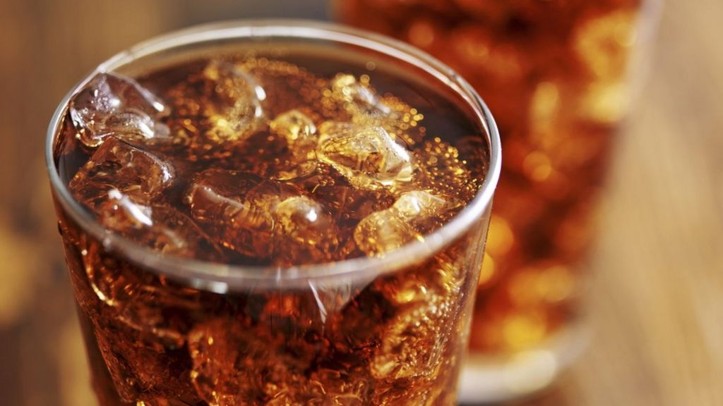 NHS England 'to impose 20% sugar tax' in hospital cafes - BBC News