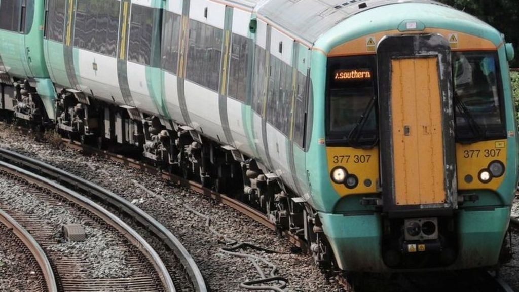 DfT reveals Southern passengers to be paid a month's compensation