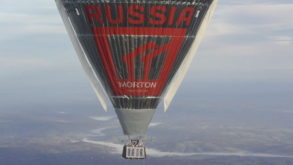 Russian balloonist 'breaks Fossett's round-the-world record'