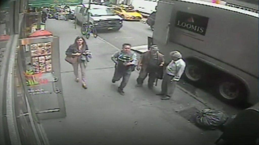 Million-dollar bucket of gold stolen in NY