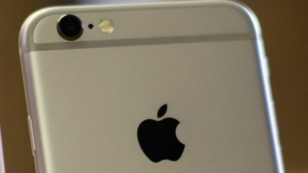 Apple sued over Wi-fi Assist feature