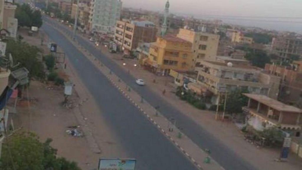 تغريدات على تويتر حول العصيان المدني في السودان - BBC Arabic
