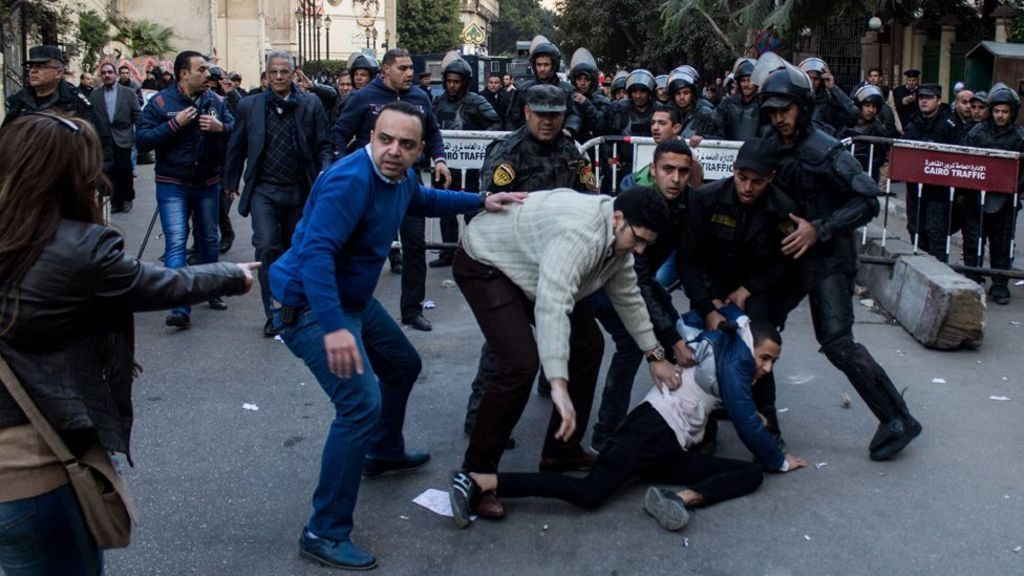 مصر: توصية بتأييد قرار بطلان اتفاقية ترسيم الحدود مع السعودية - BBC Arabic