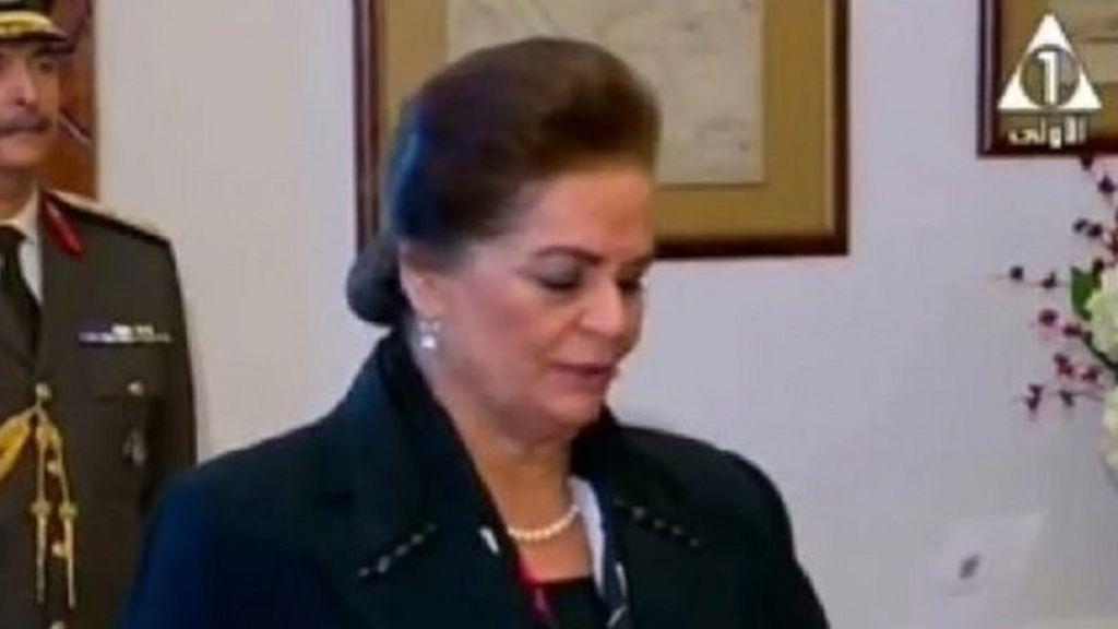 أول محافظة في مصر .. هل هو تعزيز لمكانة المرأة؟ - BBC Arabic