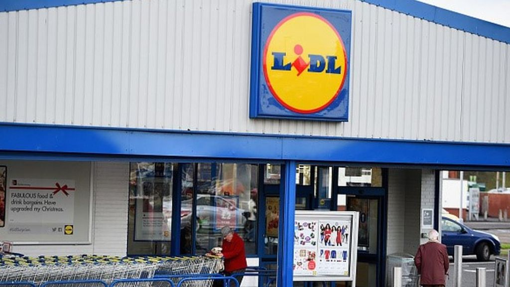 Lidl To Pay Recommended Living Wage Bbc News