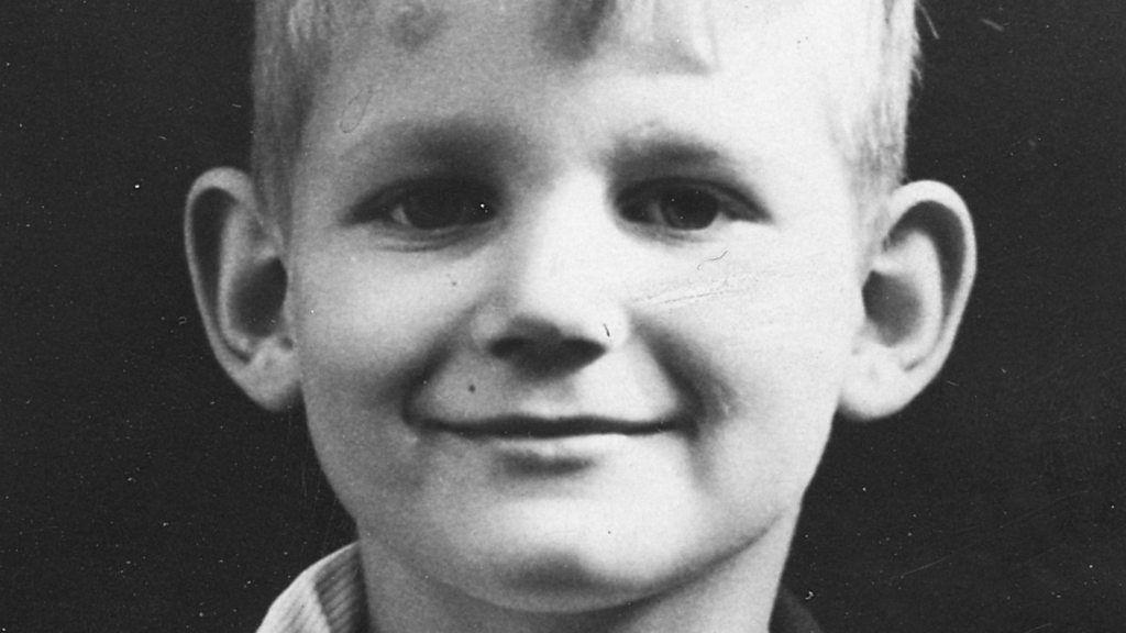 bbc meet the author michael morpurgo biography