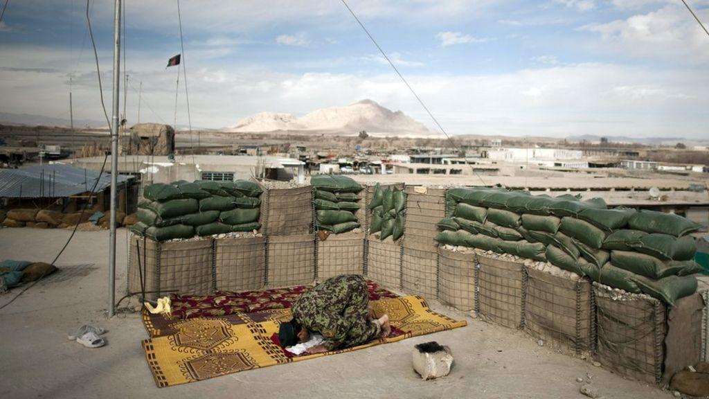 Taliban capture key Helmand district of Musa Qala - BBC News