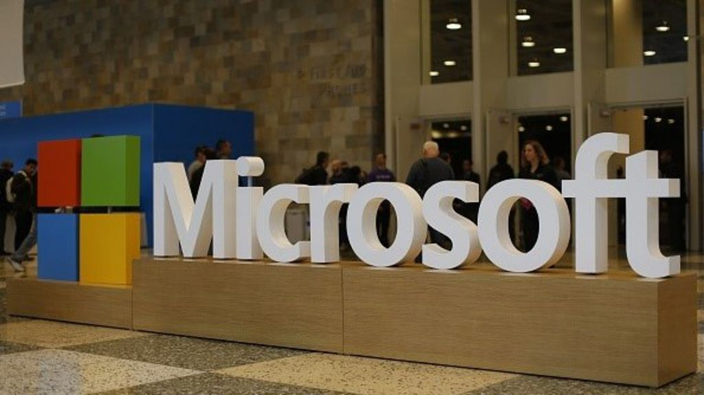 Writedowns put Microsoft in the red - BBC News