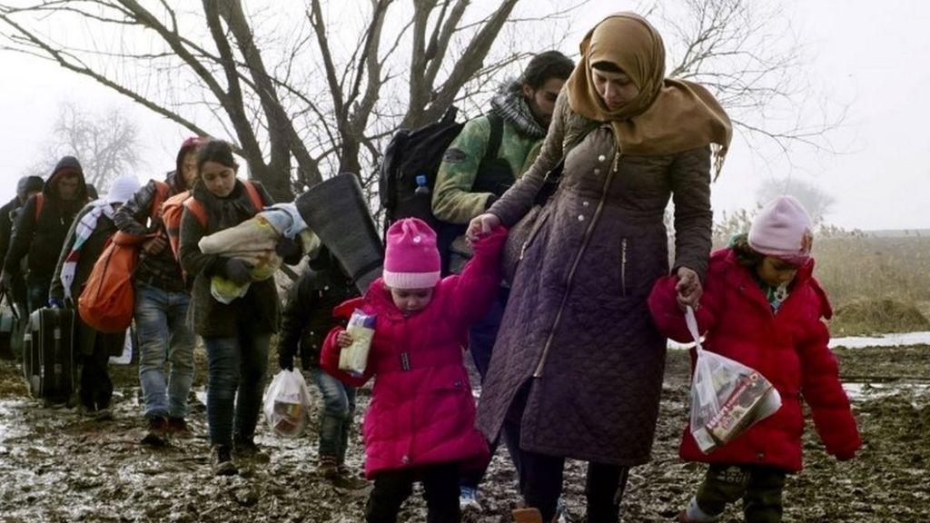 Is EU's Schengen border-free dream at an end? - BBC News
