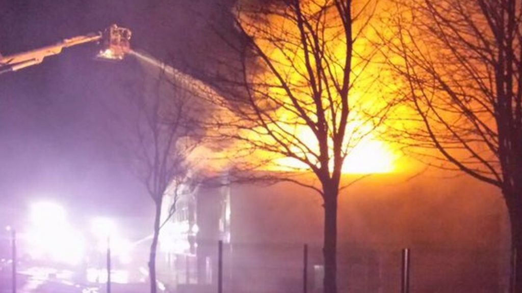 fire at football factory cwmbran 39 devastates 39 staff. Black Bedroom Furniture Sets. Home Design Ideas