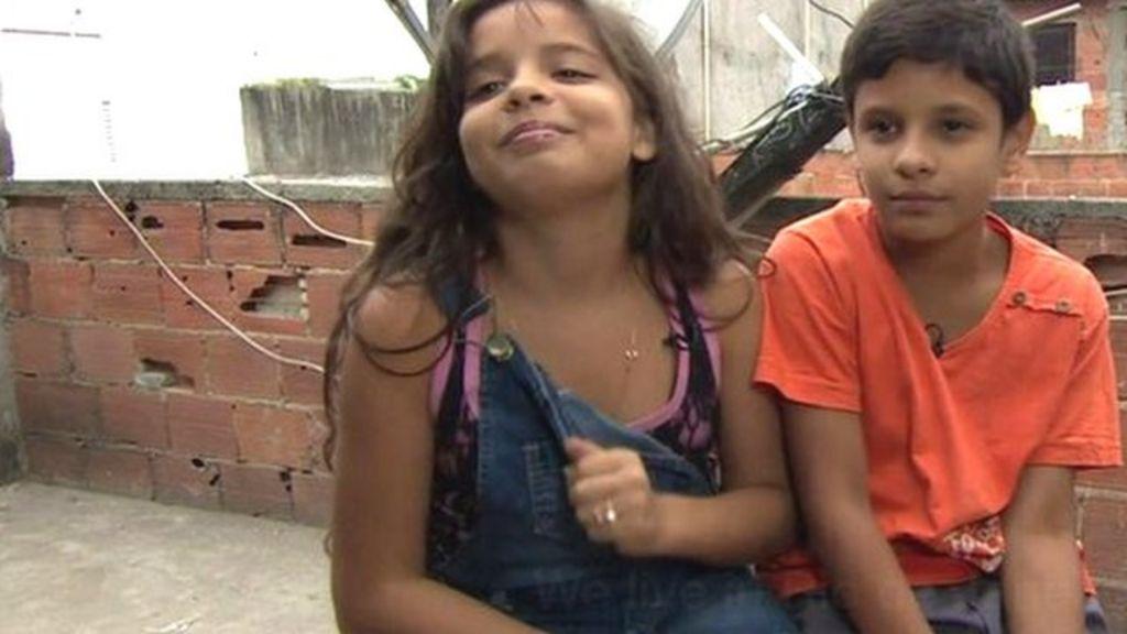 Rio de Janeiro favela life described by children - BBC News