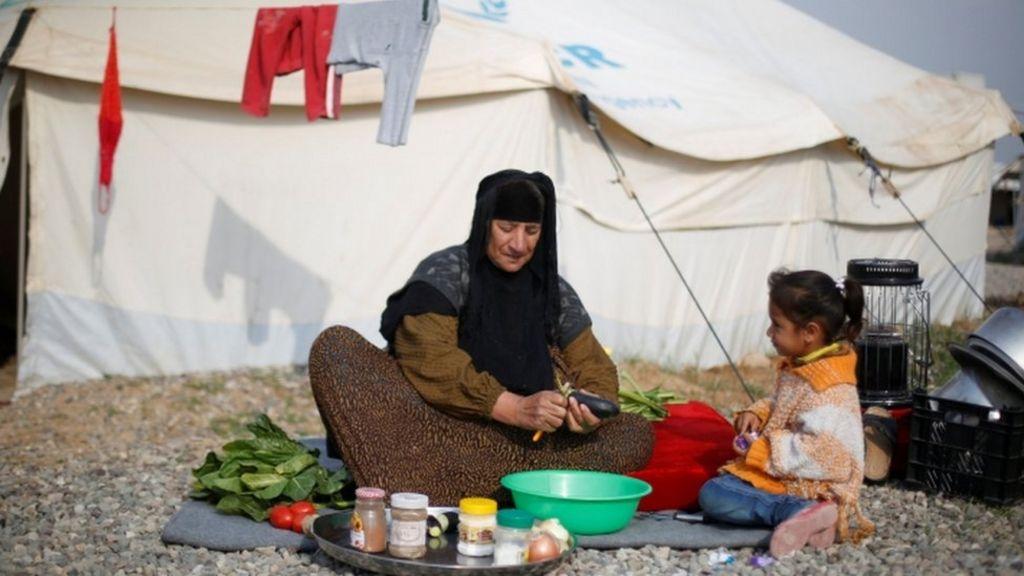 الأمم المتحدة تحذر من أزمة انسانية في الشطر الغربي من الموصل - BBC Arabic