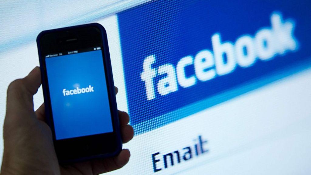 Zuckerberg: Facebook investigating censorship claim