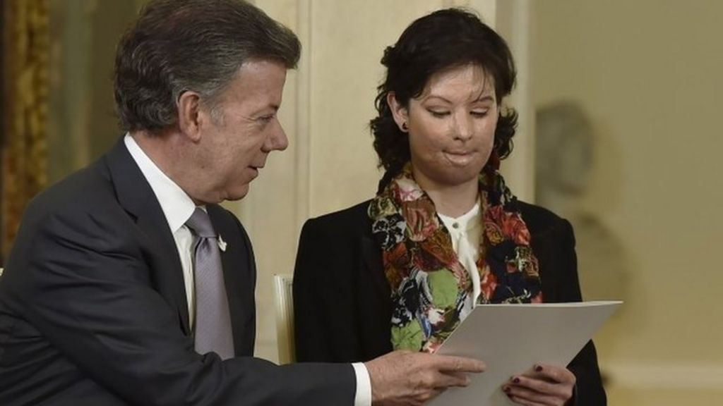 Colombia's President Santos enacts tougher law on acid attacks ...