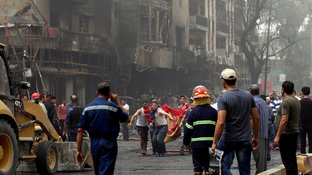 Iraq violence: IS bombing kills 125 Ramadan shoppers in Baghdad - BBC News