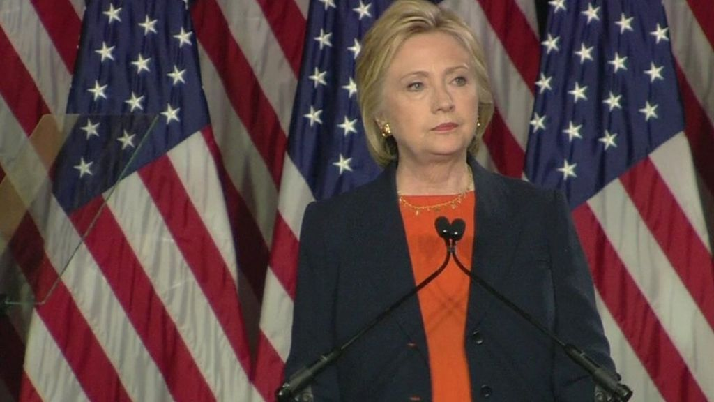 US election 2016: Can Clinton win over Republican moderates?