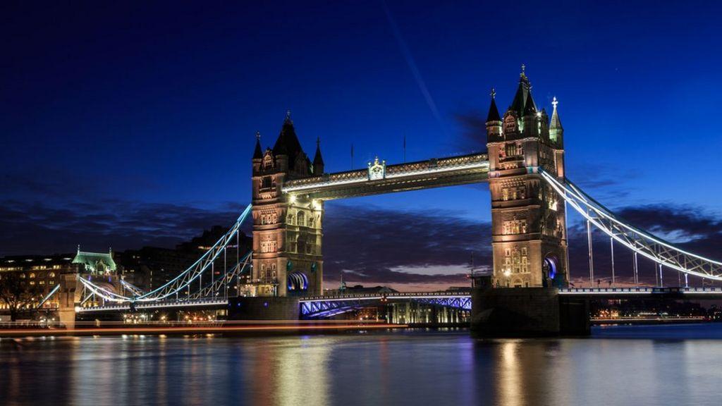 Tower Bridge to close ...