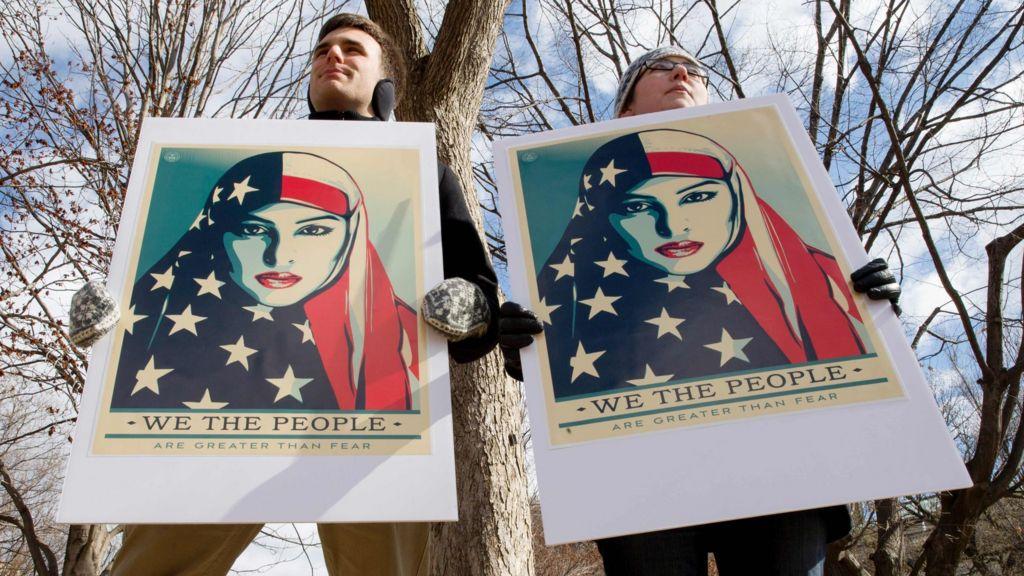 Trump travel ban: US judges block new executive order