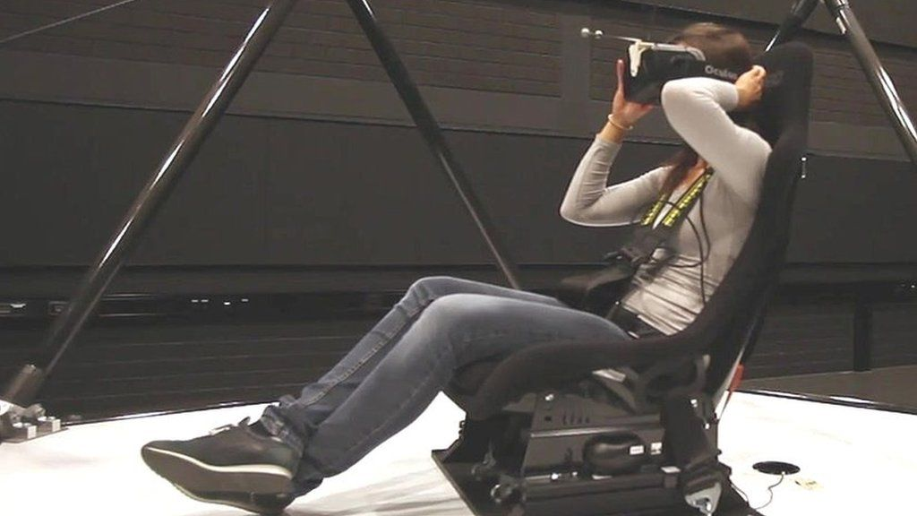 The simulator bringing movement to virtual reality - BBC News