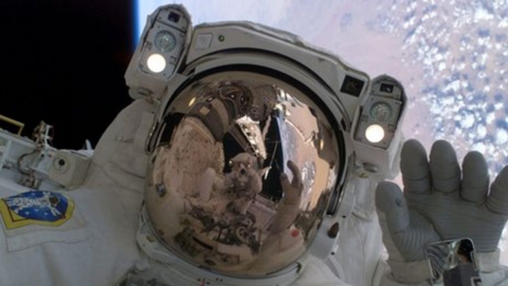 Nasa space suit material to insulate scottish rail gear for Space suit fabric