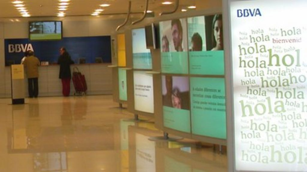 Google persuades spanish bank bbva to use the cloud bbc news for Oficinas bbva madrid capital