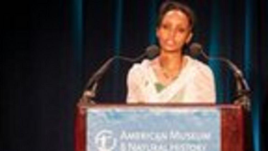 Roxane Gay Wins the PEN Center USA Freedom to Write Award