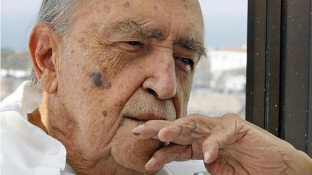 Obituary: Oscar Niemeyer - BBC News