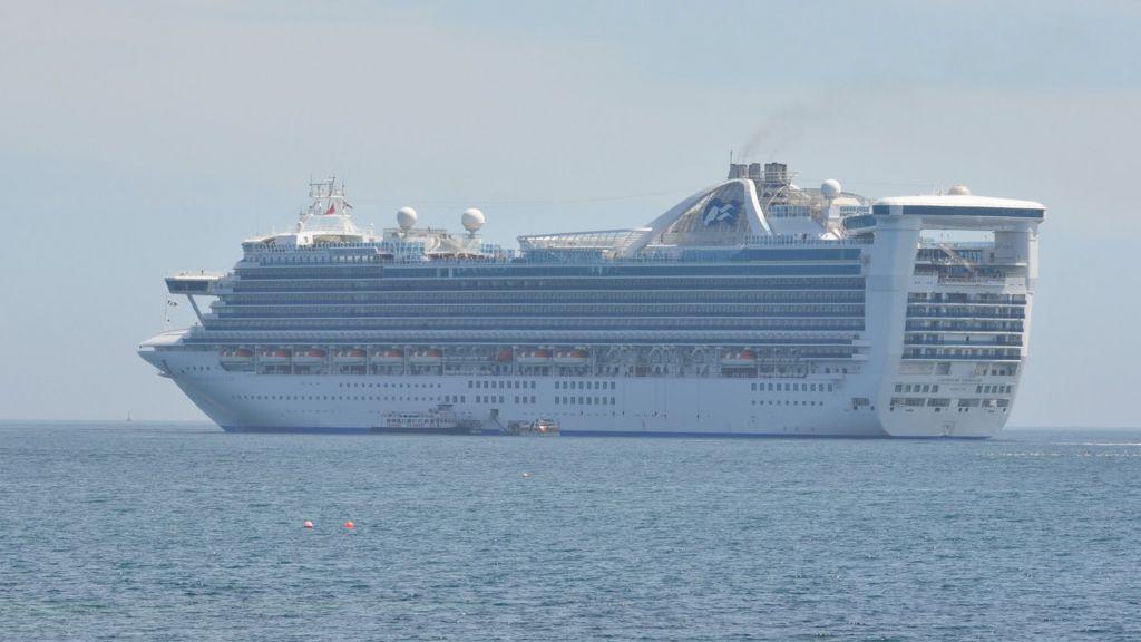 Guernsey Cruise Ship Transfer Delay A U0026#39;one-offu0026#39; - BBC News