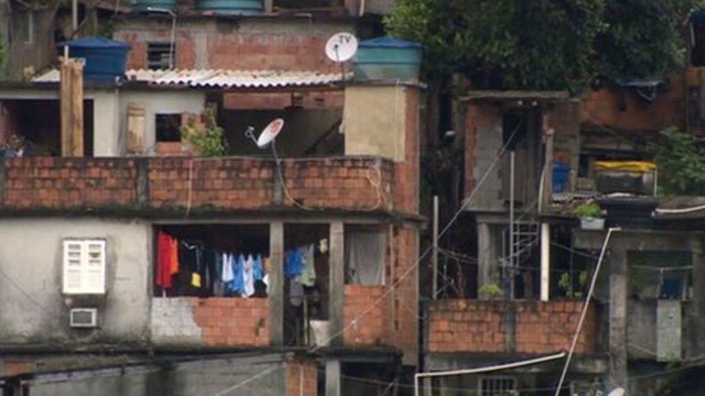 Life inside Rio's slum city of Rocinha - BBC News