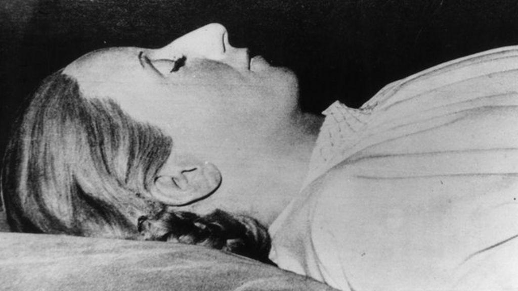 Dead Marilyn Monroe Halloween Costume