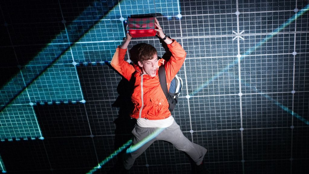 christophers character summary curious incident of List of characters christopher boone: christopher is the protagonist and narrator of the novel he is a fifteen-year-old boy who has autism he has outstanding math and logic capabilities but not so great social skills.