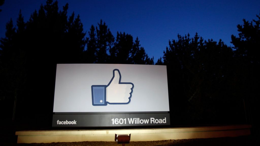 Bbc News Facebook: Facebook 'likes' Automatically Added Without User-clicks