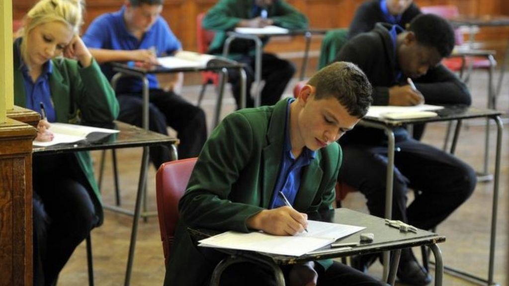 English GCSE: How are 'coursework' marks worked out?