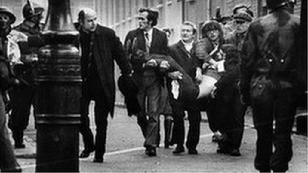 Bloody Sunday: 1,000 witnesses to be questioned - BBC News