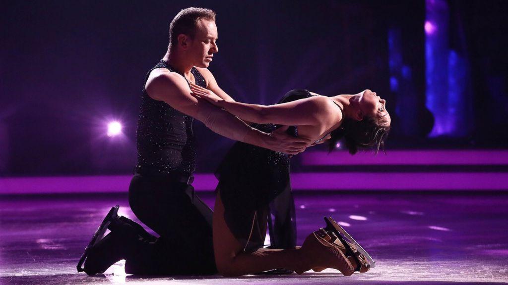 dancing on ice beth and dan relationship help