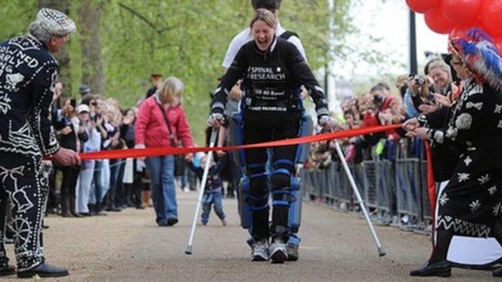 'Bionic' woman faces Great North Run challenge - BBC News