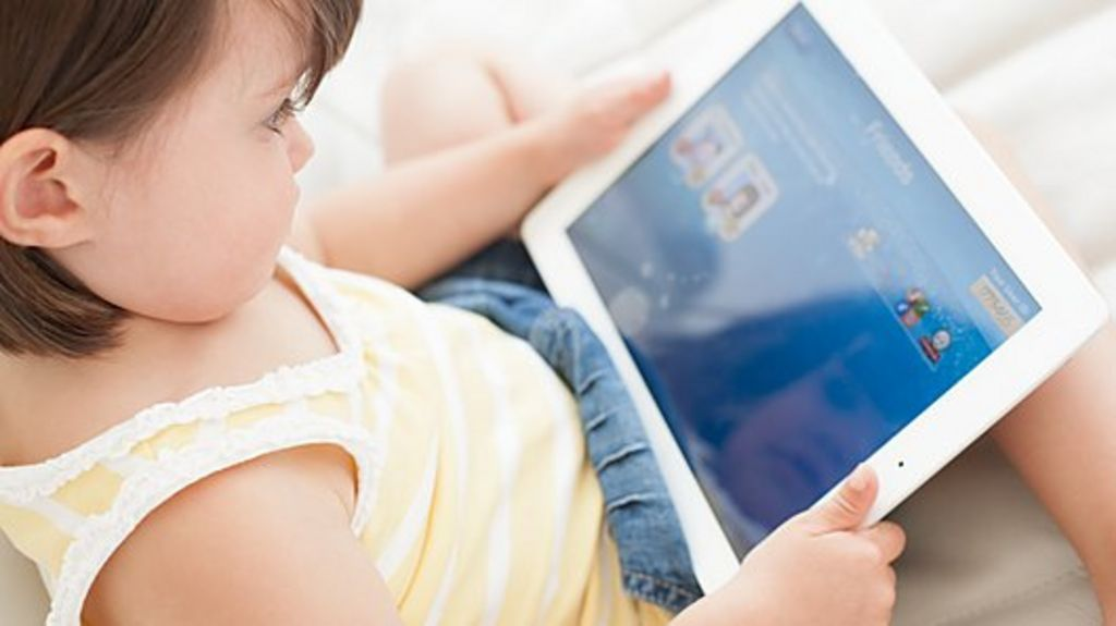 http://ichef.bbci.co.uk/news/1024/media/images/67117000/jpg/_67117401_toddler_using_a_tablet_computer-spl.jpg