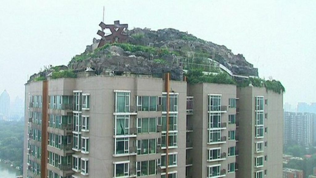 Demolition Starts On Illegal Beijing Rooftop 39 Rock Villa