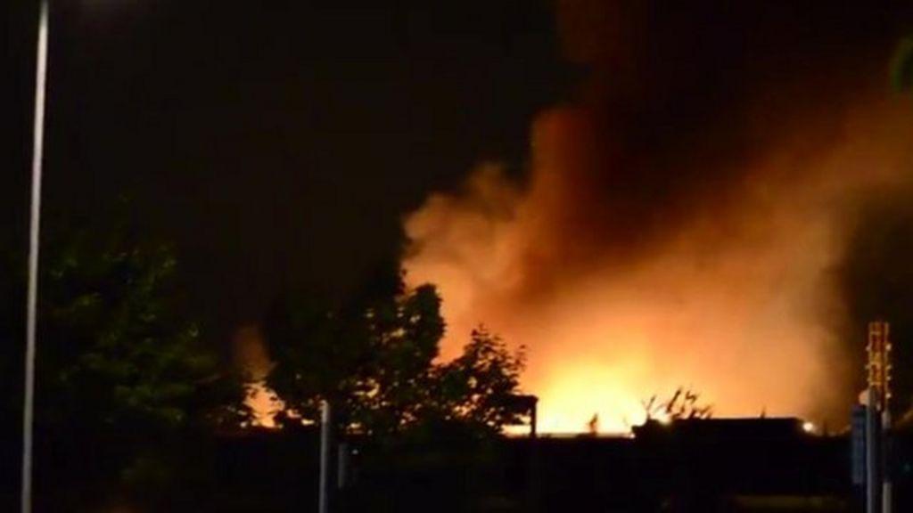 bredbury fire major blaze at stockport recycling plant. Black Bedroom Furniture Sets. Home Design Ideas
