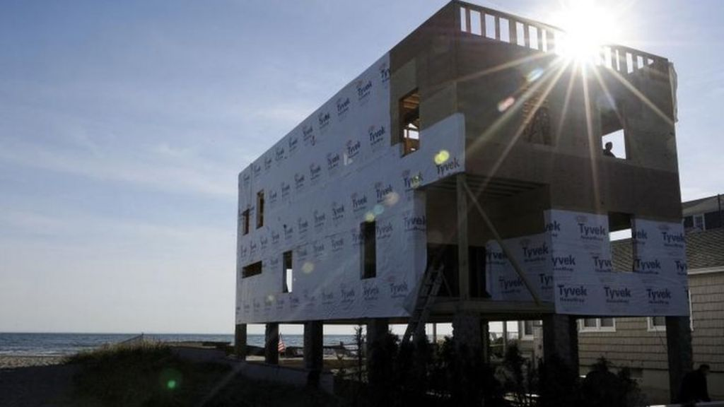 Superstorm Sandy: US marks one year anniversary - BBC News