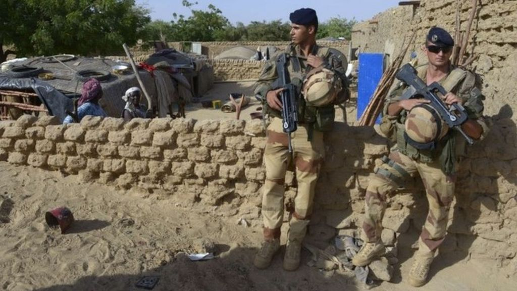 France to 'deploy troops' to fight Sahara militants - BBC News
