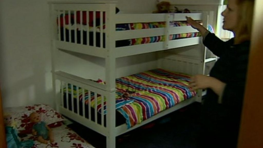 Bedroom tax fails to help tenants move says report bbc news for N ireland bedroom tax