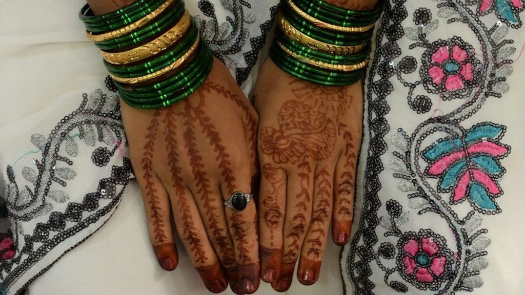 dowry problem in india Short essay on dowry system in india  the problem of dowry has reached the climax there is no attempt for matching beauty with beauty, or brain for brain.