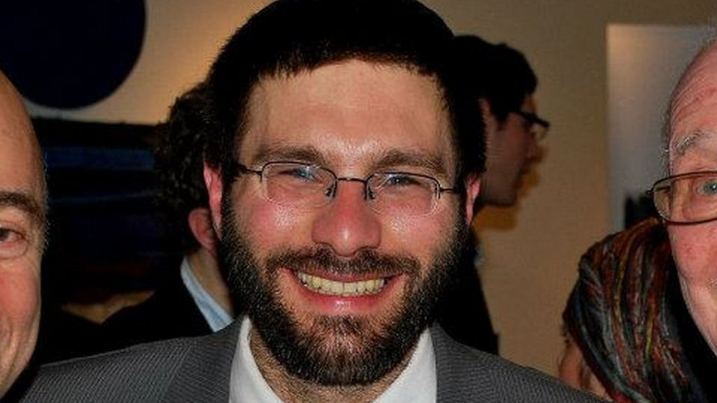 London rabbi joins fast for ramadan bbc news for Raymond lord memorial swimming pool