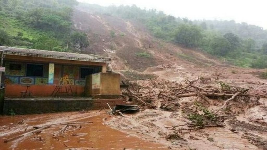 Indian landslide: Dozens trapped in Pune village of Malin - BBC News