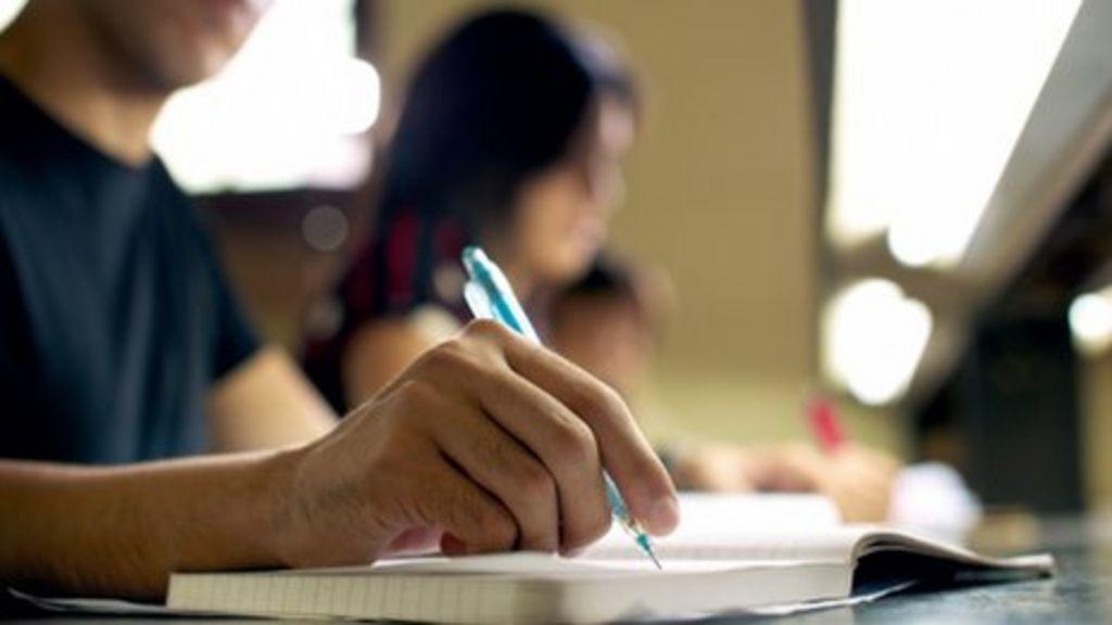 UK universities slip down international rankings - BBC News