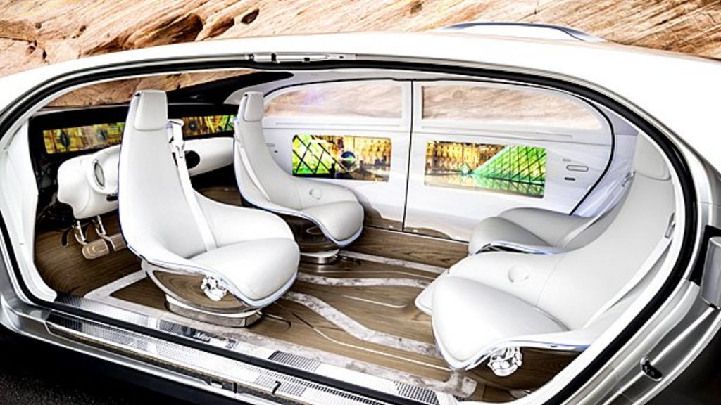 Detroit Motor Show: Car firms take on the tech giants - BBC News